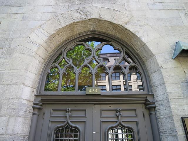 Montreal Basilica 1