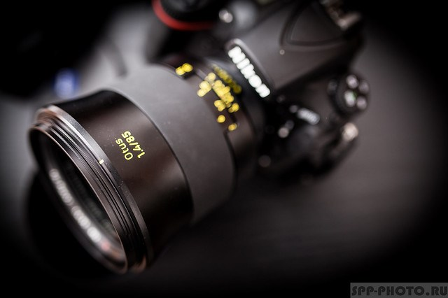 Объектив Zeiss 85mm f/1.4 Otus
