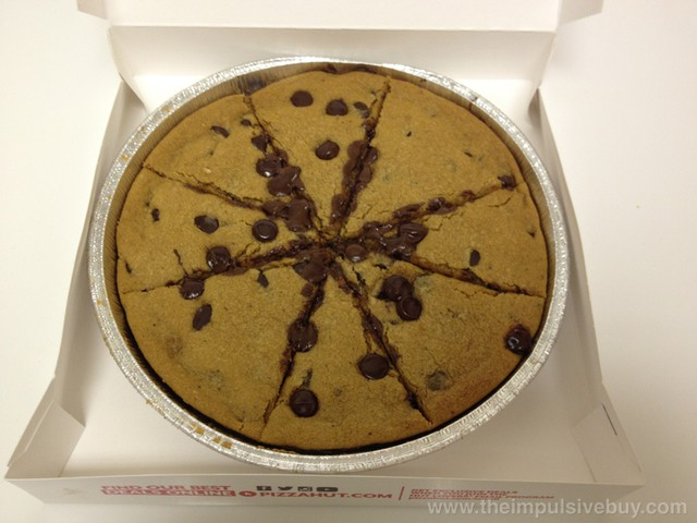 Pizza Hut Ultimate Hershey's Chocolate Chip Cookie 2