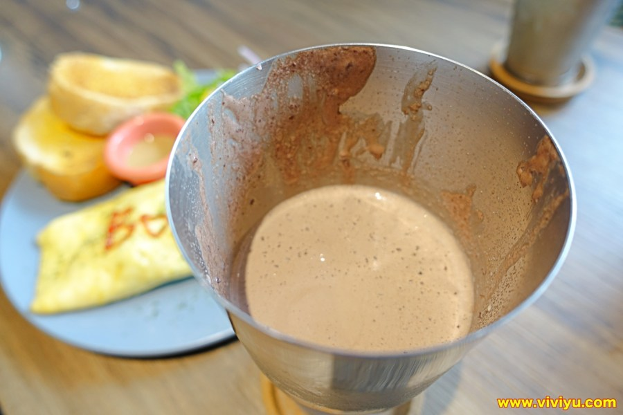 [桃園.美食]森林咖啡二號~挑高舒服的空間設計.讓人悠閒的享受用餐時光 @VIVIYU小世界