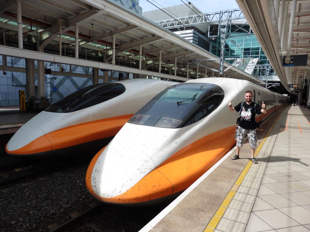 Viajar Low Cost: cómo ahorrar antes y durante tu viaje. Transporte. Vol. 1.