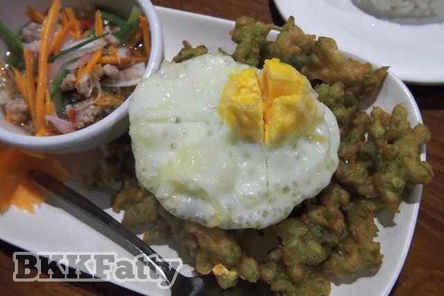 khaomao khaofang restaurant chiang mai