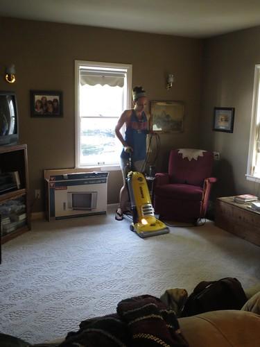 Z Crew: Jamie cleaning away