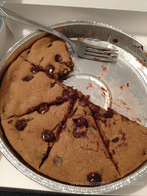 Pizza Hut Ultimate Hershey's Chocolate Chip Cookie 3