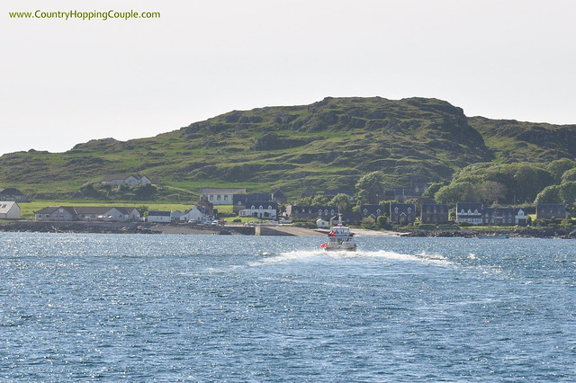 Ferry to Iona Island