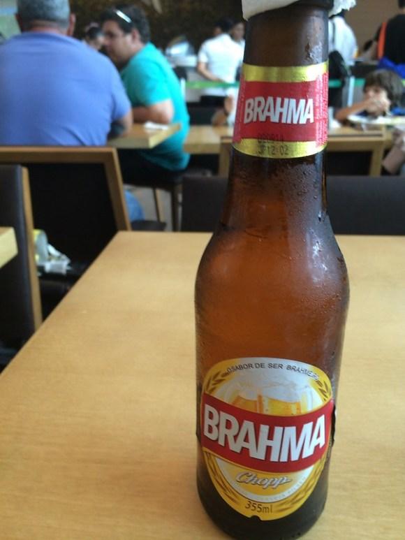 ナタール空港でビール