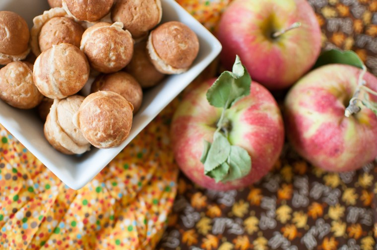 Healthy-ish Apple Doughnut Holes 4