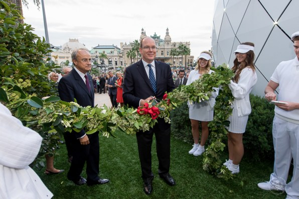 Prince Albert cuts the ribbon marking the inauguration of the Pavillions de Monte Carlo