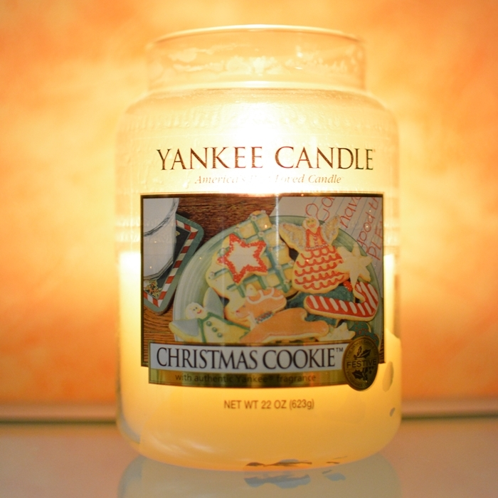 sweater_weather_tag_08_Yankee_Candle_Christmas_Cookie