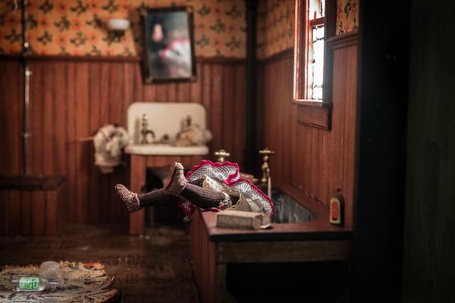 Nutshell Studies of Unexplained Death, Dark Bathroom diorama