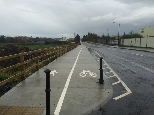 Shared use footpath in Ballina