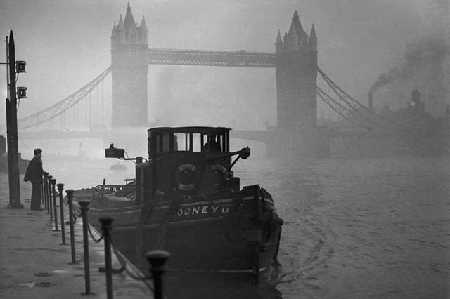 Tower Bridge December 1952