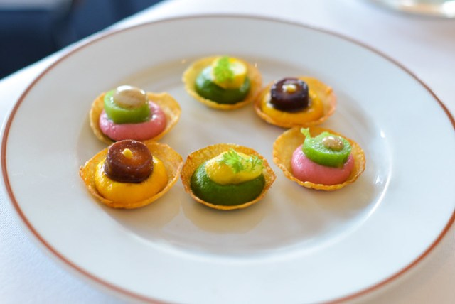 carrot, spinach and beetroot puree tarts