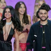 Confirm romance — Selena Gomez and The Weeknd shared heartfelt selfie