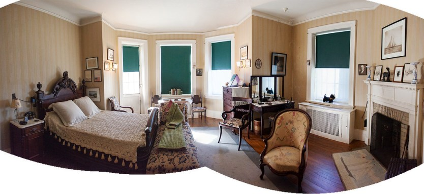 FDR's Bedroom with chair for Fala the dog.