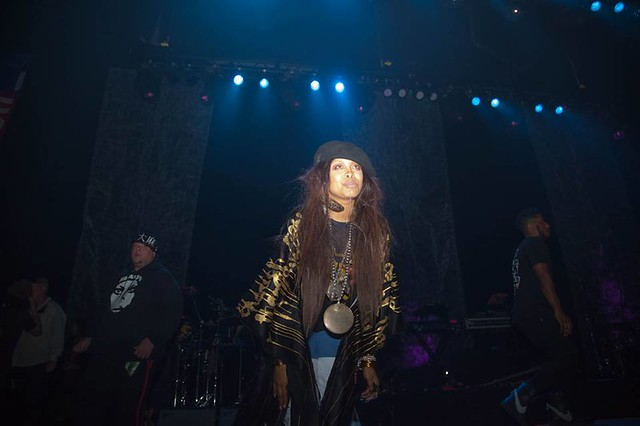 DJ Lo Down Loretta Brown (aka Erykah Badu)