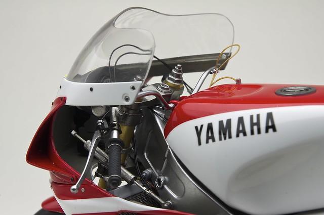 YAMAHA YZR500 (0W98)  1988