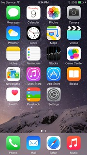 Home screen ของ iPhone 6 Plus