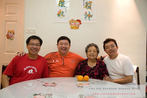 CNY Reunion Dinner 2010 #21