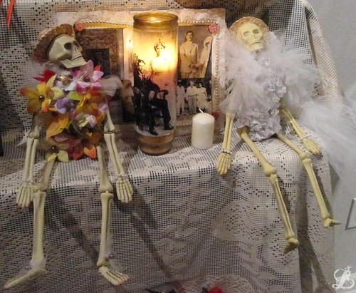 Bride and Groom Skeletons