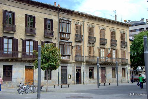 Fachada de un palacete existente en la calle Ciudadela.
