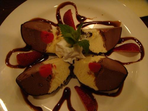 Magna Ristorante - Truffle Ice Cream