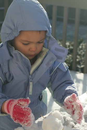 making a mini snowman