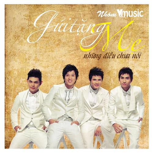 CD cua nhom V.Music danh tang trong chuong trinh