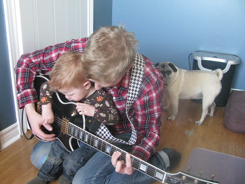 Learning to strum
