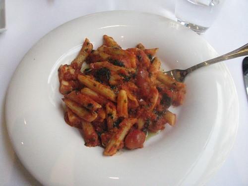 Yummy roasted tomato penne