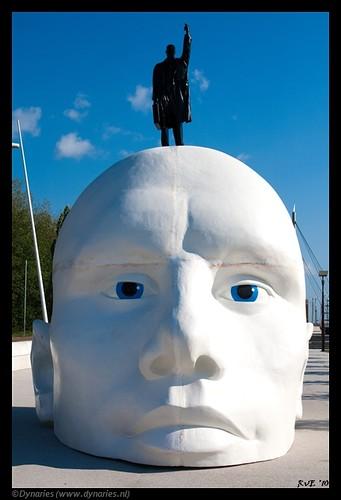 Kunstwerk Henk Hofstra Bataviahaven Lelystad (16-06-2010).