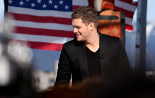 Michael Bublé takes the stage at Creekside Park.
