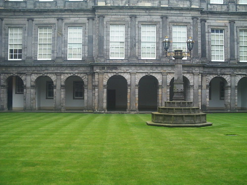 20090918 Edinburgh 11 Palace of Holyrood House & Holyrood Abbey 15