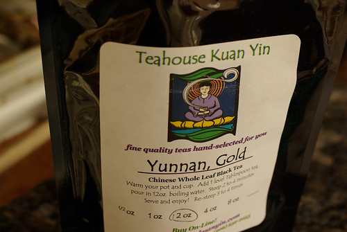 golden yunnan tea