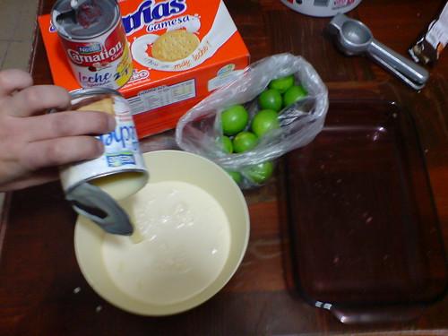 Paso 2: Mezclar leches