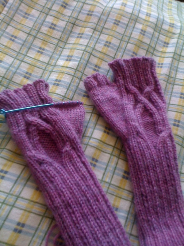 Serpentine Mitts 06