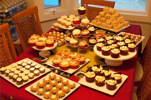 The Full Table O' Cupcakes