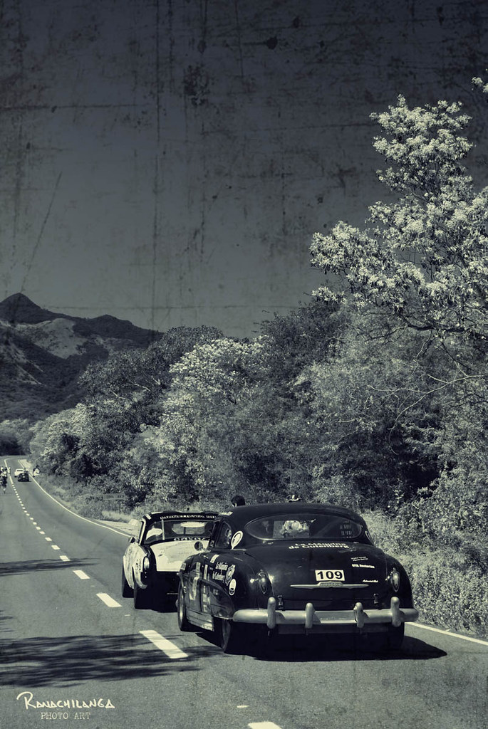 Old but not tired!  (La Carrera Panamericana 2009)