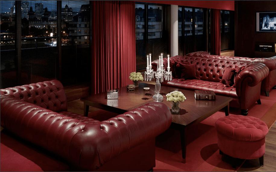 sofá chesterfield vermelho