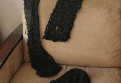 elastic scarf and messy beanie