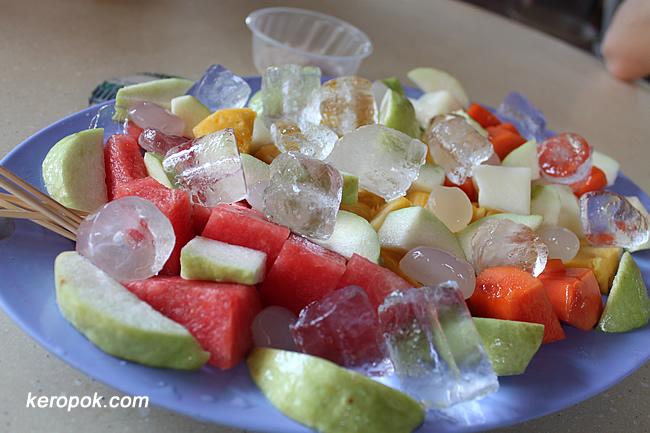 Mixed Fruits Platter