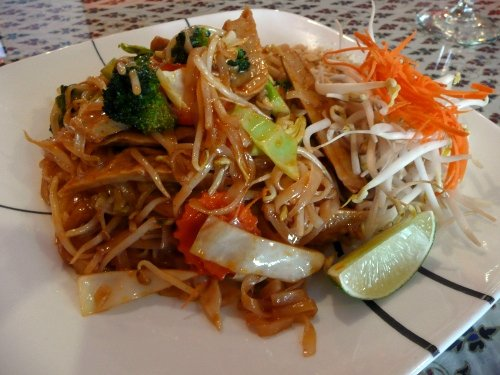 tfc_chicken_pad_thai