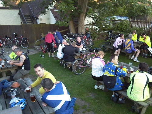 The cyclists take over the pub garden. (Yes, I was one of them.)