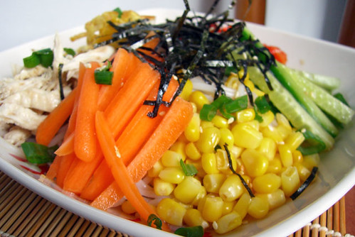 Hiyashi chuka close up
