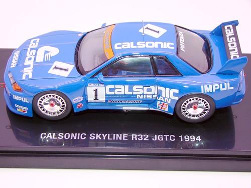 EBBRO CALSONIC SKYLINE R32 JGTC 1994 (1)