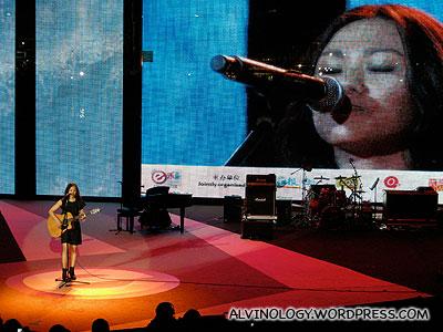 Tanya Chua (蔡健雅) performing