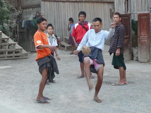 Jungs beim Fussball