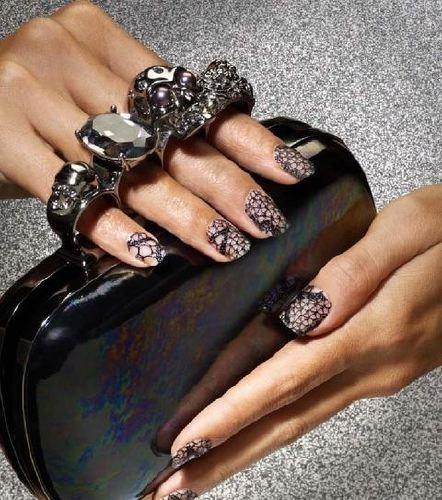 Nails 16