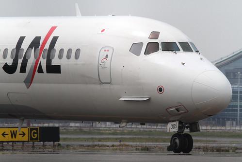 JAL MD-90-30(JA005D)