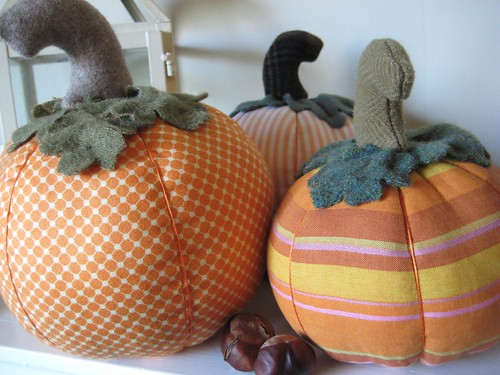 Fabric Pumpkins 4by Poppyprint
